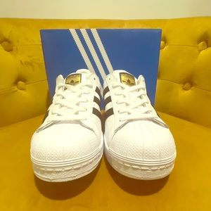 Adidas Originals Superstar J, size 6.5